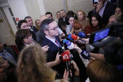 БСП към Борисов: Оправете отношенията с Москва