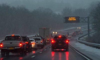 Зимни бури убиват в САЩ, сред жертвите има и деца