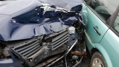 Мъж загина при ПТП в гробище заради пиян шофьор