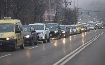 Безплатни буферни паркинги подканват да слезем от колите
