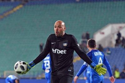 Ники Михайлов май изигра последния си мач за Левски?