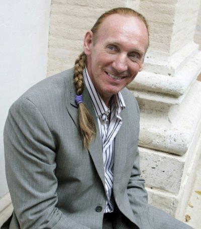 Грегъри Дейвид Робъртс