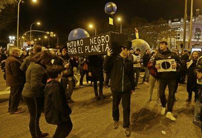 """""""Поход за климата"""" събра 500 000 души в Мадрид"""
