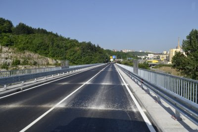 Ремонтират 13 км пътища във Велико Търново