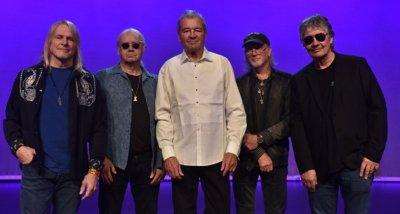 Рок легендите Deep Purple с последен концерт в София тази вечер