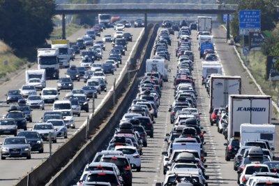 Шофьори готвят блокади на пътища във Франция