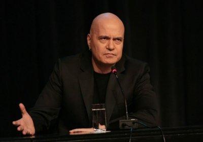 Слави поиска оставката на шофиралия пил Джамбазки