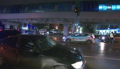 Още има опасност за 14-годишното момче, блъснато от кола на НСО
