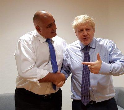 Борисов честити победата на Борис Джонсън