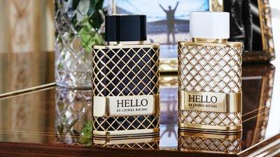 """Лайънъл Ричи пусна парфюм, кръстен на хита му """"Hello"""""""
