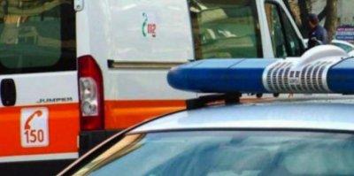 Кошмарът продължава: Кола помете жена на спирка
