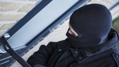 Грабител рецидивист влиза за 2 години в затвора