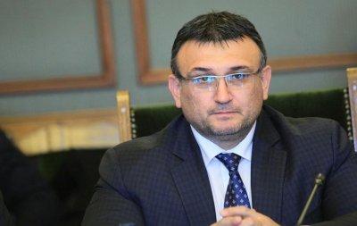 Министър Маринов: В колата на НСО е бил само шофьорът