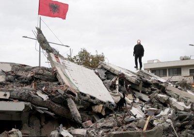 17 обвинени за жертвите на земетресението в Албания