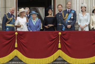 Кралица Елизабет Втора даде независимост на принц Хари