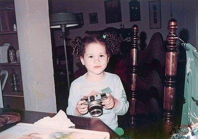 УНИКАЛНИ снимки на Меган Маркъл като дете