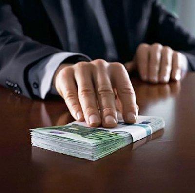Една трета от българите са готови да дадат подкуп