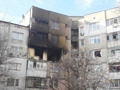 Приключи почистването на входа, взривен във Варна