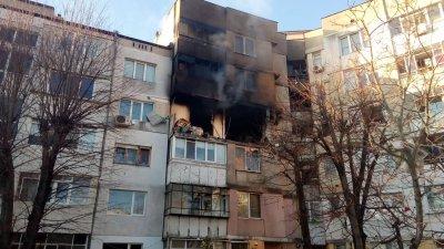 Пострадалите при взрива във Варна остават за лечение