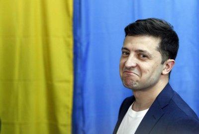 Зеленски не прие оставката на премиера Хончарук