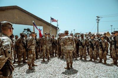 """От последната минута: Стрелба с """"Катюши"""" по US база в Ирак!"""