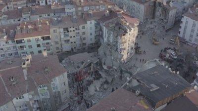 Потресаващи кадри от разрухата в Турция (ВИДЕО)