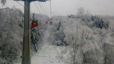 Дете увисна от лифт в Боровец (СНИМКА)