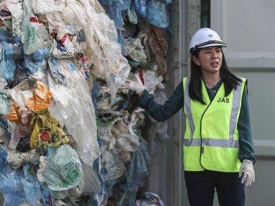 Малайзия върна боклука на Франция, Великобритания и САЩ