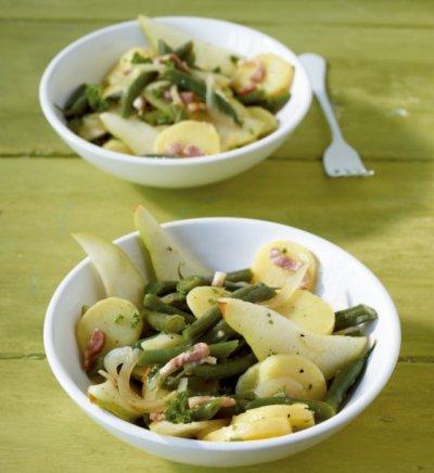 Картофена салата с круши и зелен фасул