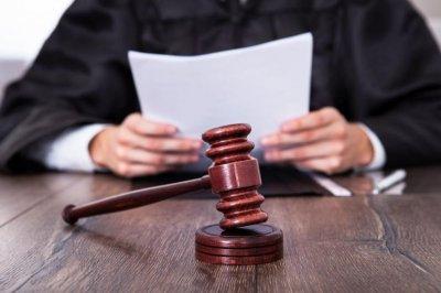 Условна присъда за медицинска сестра, измамила петима