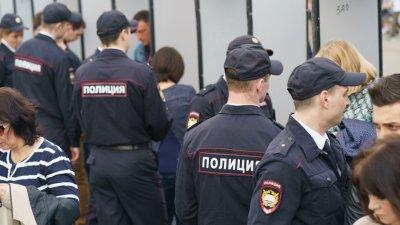 Евакуираха 7 съдилища в Москва заради сигнал за бомба