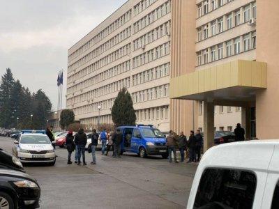 Перничанинът Емил Крумов е самоубилият се в ДАНС