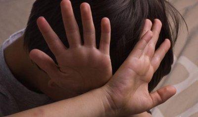 Дете от Габрово се оплака на социалните, че баща му го пребива