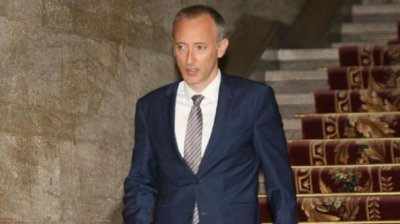 Министър Вълчев: Грипната ваканция няма да провали оценките за 1-ия срок