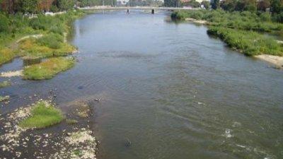 След аварията: Нямало проблем с водата на Юговска и Чепеларска