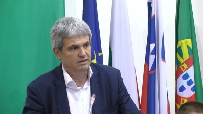 Пламен Димитров предупреди за 20% по-скъп ток