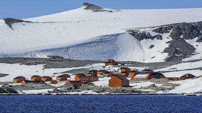 Тъжен рекорд! Живакът премина 20 градуса в Антарктида