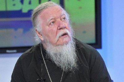 Свещеник: Жените с мъж без брак са безплатни проститутки