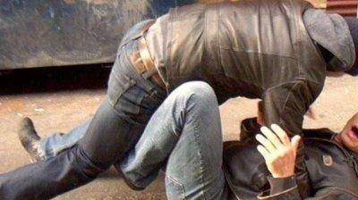 Хулигани пребиха момче от пансион и заплашиха възпитателката