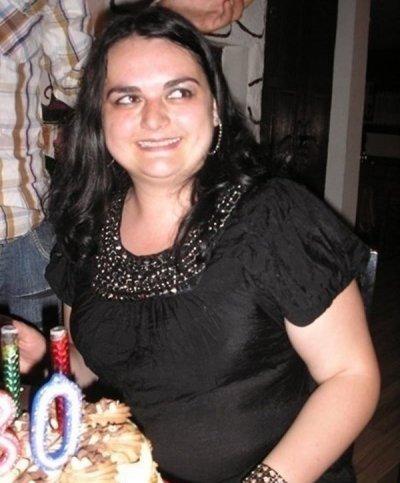 Крадливата банкерка от Варна се разрева в съда и я пуснаха у дома