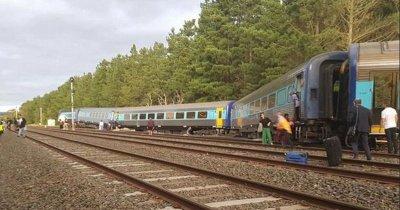 Влак със 160 пътници дерайлира в Австралия (СНИМКИ)