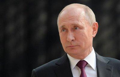 """Путин се раздели със """"сивия си кардинал"""""""