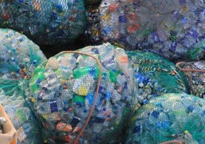 Глобиха жена за хвърлен боклук на улицата преди 10 години