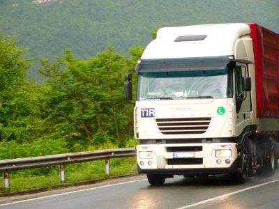 Верижна катастрофа с камион пътя на Разград - Исперих