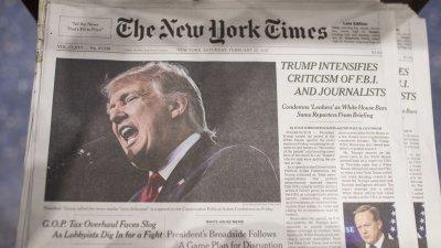 """Тръмп съди """"Ню Йорк Таймс"""" заради статия за """"руската връзка"""""""