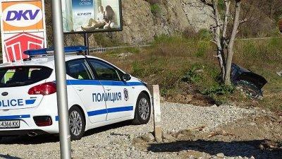 Турски автобус помете двама край Бургас