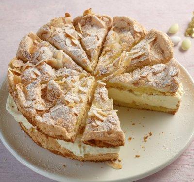 Лимонова торта с бадеми