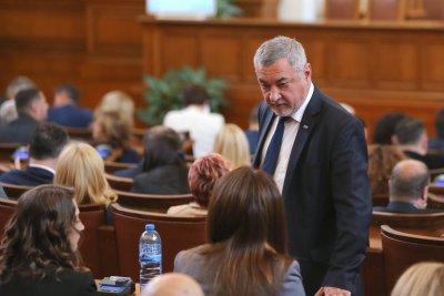 Валери Симеонов за икономиката по време на извънредно положение