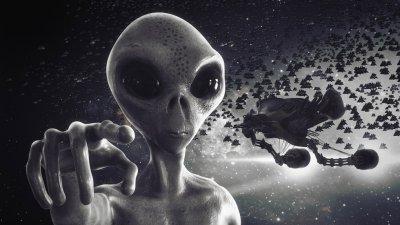 Учен алармира: Извънземните отвличат хора, за да се кръстосват с тях