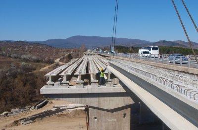 "Борисов провери мостовете на магистрала ""Тракия"""